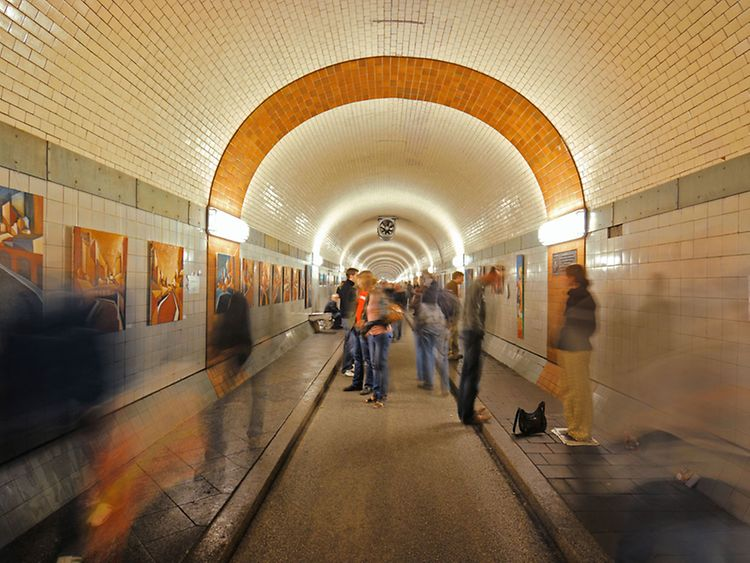 Walk under the water - visit the Old Elbe Tunnel