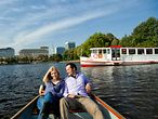 hamburg by boat
