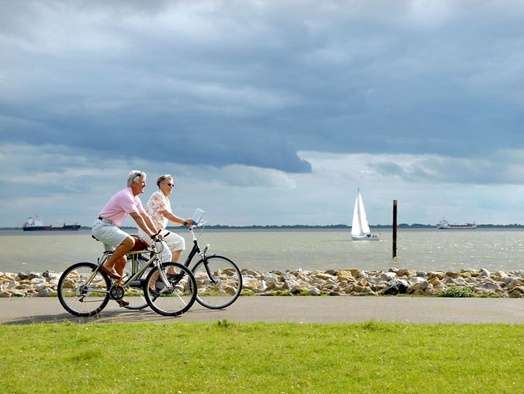 Fast or slow - find scenic bike routes in the region